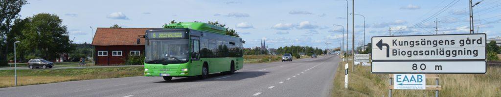 Miljövänliga stadsbussar som drivs av biogas