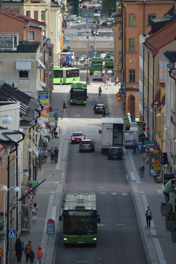GUB ska vara och betraktas som ett föredöme i trafiken och ständigt verka aktivt för ökad trafiksäkerhet